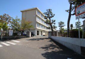 浜松市立追分小学校まで、550m