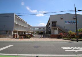 浜松市立蜆塚中学校まで、1500m